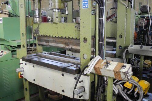 Vendita macchine utensili usate macchine macchine for Pressa idraulica 100 ton usata