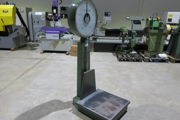 Bilancia a bascula meccanica SANTO STEFANO 150 KG usata