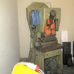 Trancia meccanica a frizione 20 Ton usata