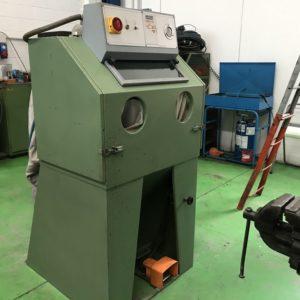 Sabbiatrice pallinatrice industriale con ciclone LAMPUGNANI LC05 usata