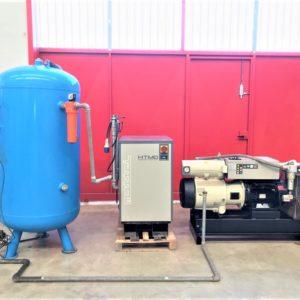 Impianto aria compressa 22Kw 725 litri con essiccatore MATTEI usato
