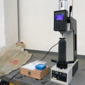 Durometro digitale semi-automatico OMAG AFFRI 206 EXS usato